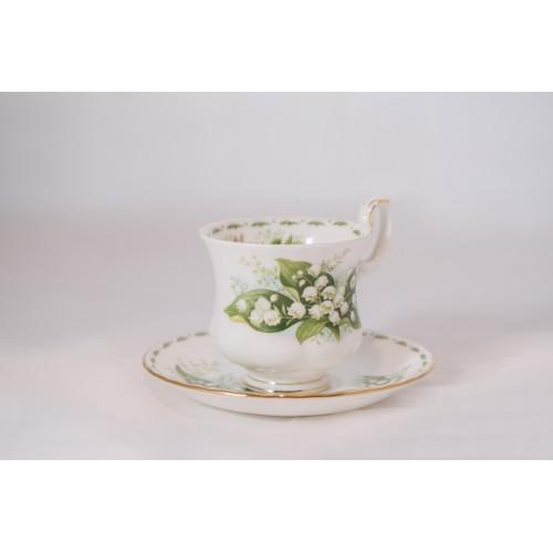 Tazzina da caffè Royal Albert Flower con piattino Maggio