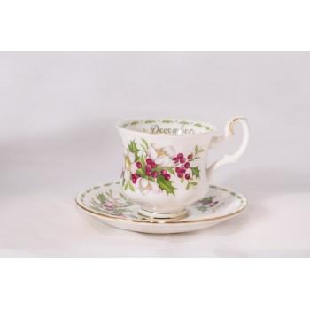 Tazzina da caffè Royal Albert Flower con piattino Dicembre