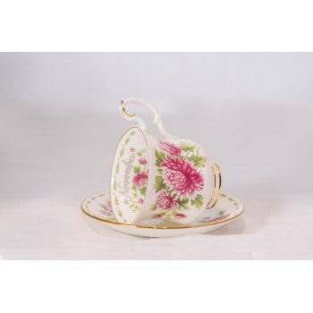 Tazzina da caffè Royal Albert Flower con piattino Novembre
