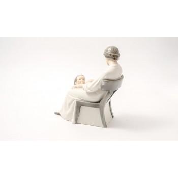 Dickens Mother Royal Copenhagen